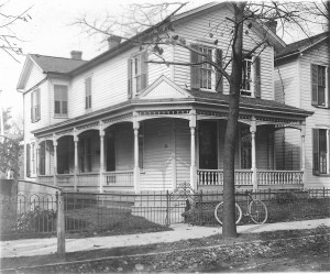 Wright home at 7 Hawthorn Street (ms1_15-1-5)