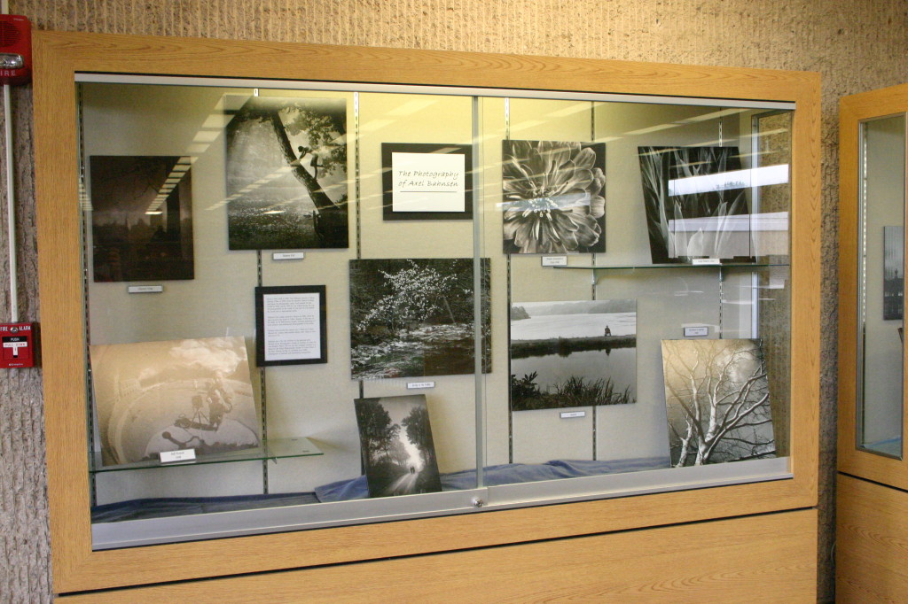 2013-05-31 Bahnsen photography exhibit IMG_1753