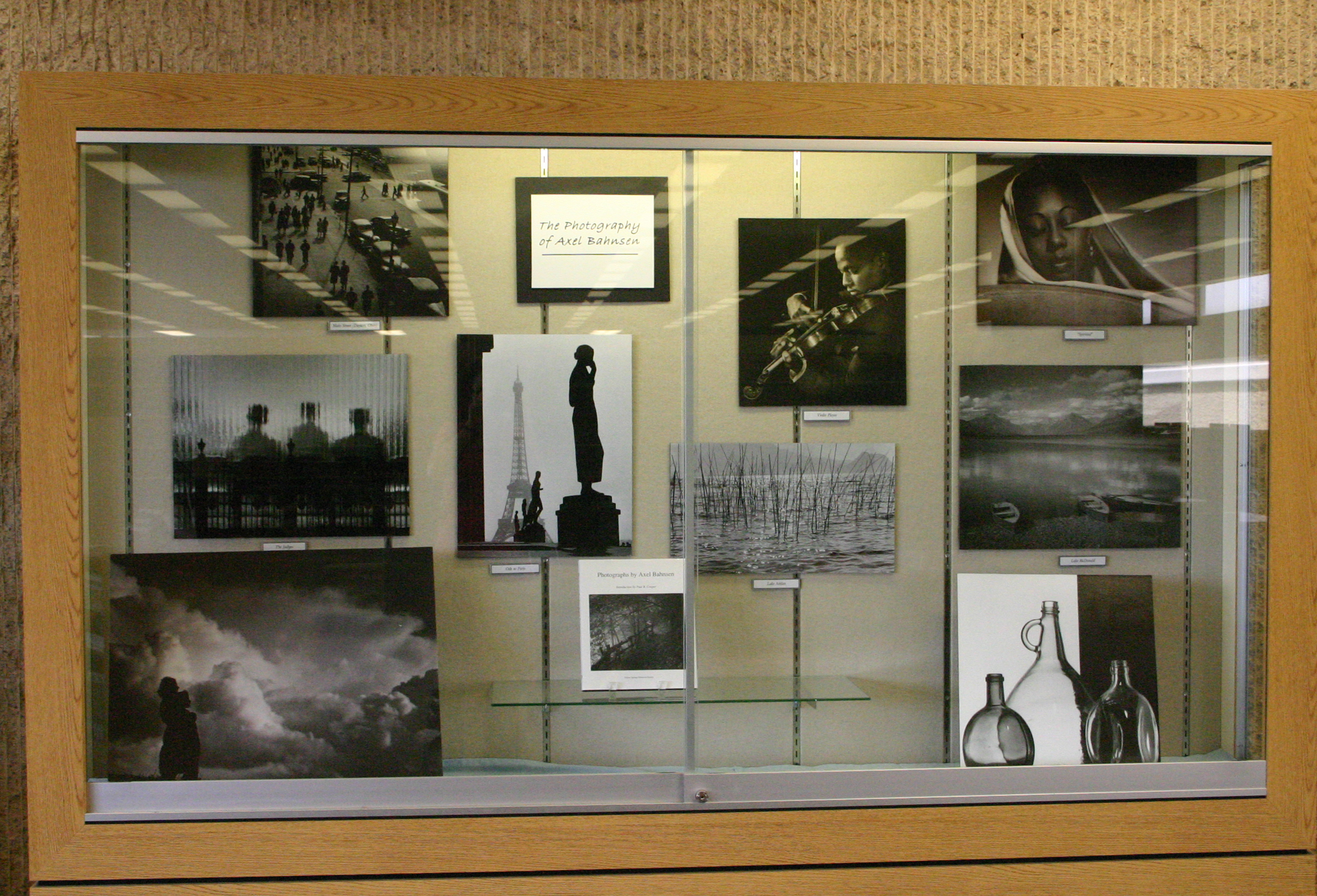 2013-05-31 Bahnsen photography exhibit IMG_1757