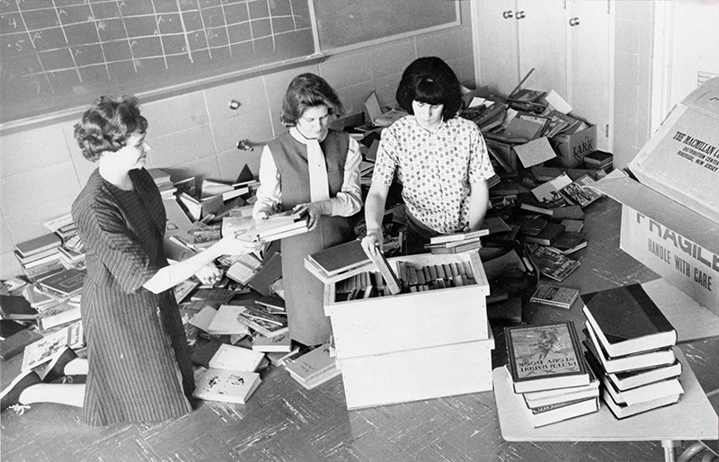 Collecting books for charity, 1965 (Fairmont_01)