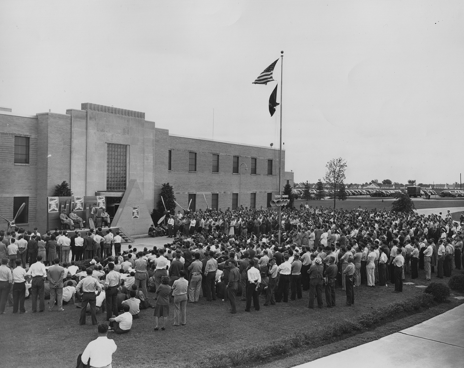 A crowd gathered outside Aeroproducts, undated (Photo by GM Aeroproducts Division, MS-305, Box 3a, Folder 9)
