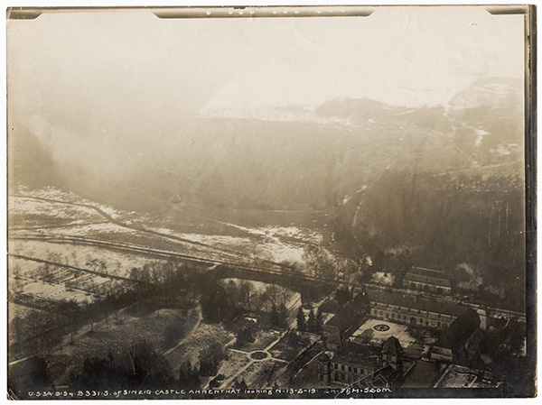 Aerial view of Sinzig Castle looking North (photo # ms293_01_33)