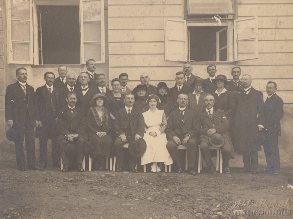 Group in Warsaw, ca. 1920 (Carr in white)