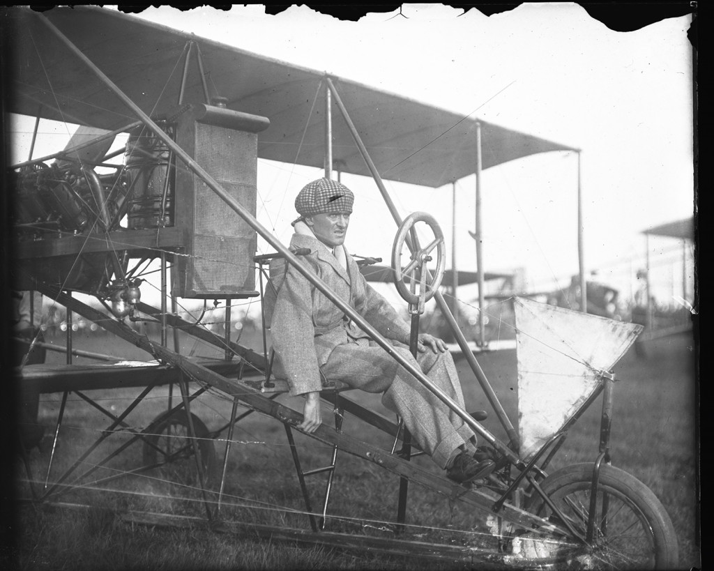 Lincoln Beachey seated at the controls of a Curtiss aircraft at the Harvard-Boston Aero Meet, Sept. 1911. From Harvard Boston Aero Meet Collection, photo #MS338_01_09. More on CORE Scholar.