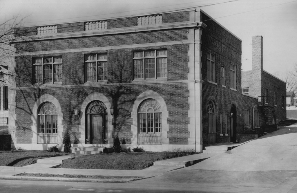 Boyer Funeral Home, 609 W. Riverview Avenue, undated (photo by Bunting, from the Dayton Daily News Archive MS-458)
