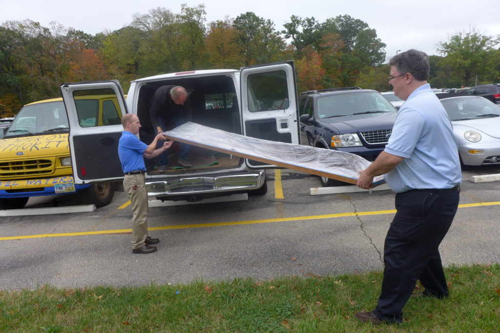 Securely positioning the propeller in the van for the ride up to Oberlin.
